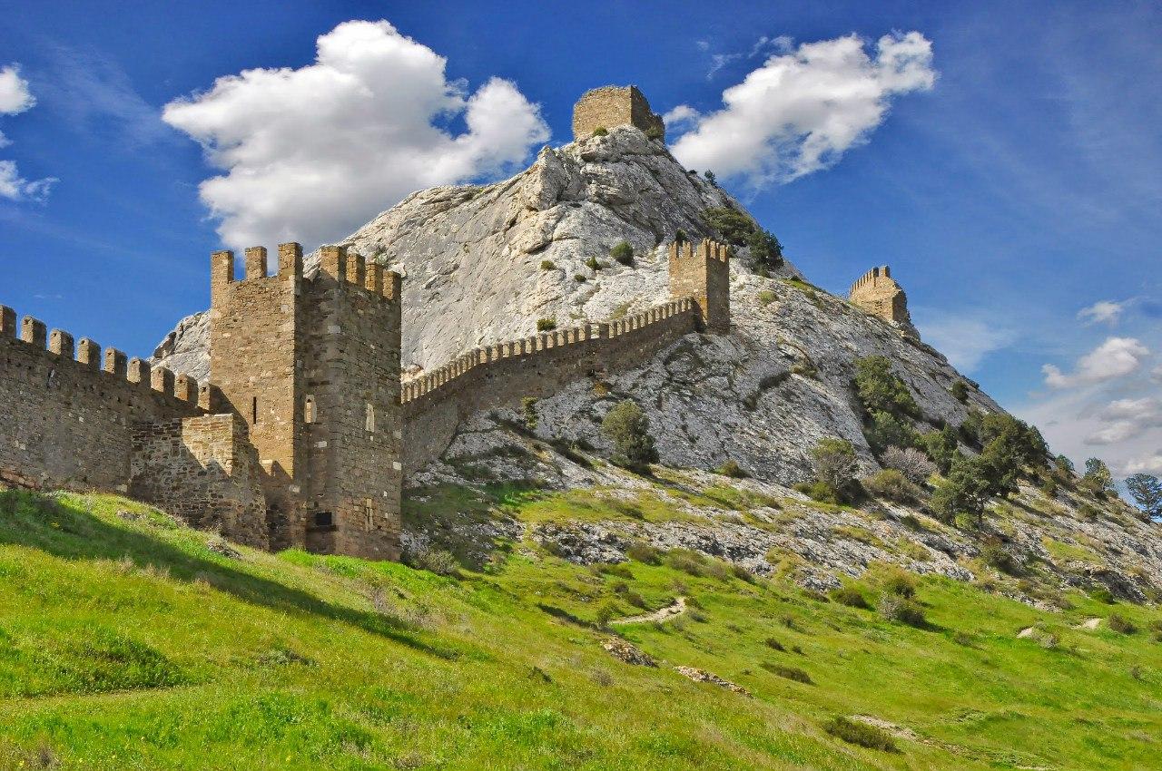 Генуэзская крепость в Крыму (Судак)